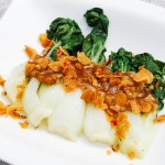 Steamed Bok Choy with Garlic Sauce