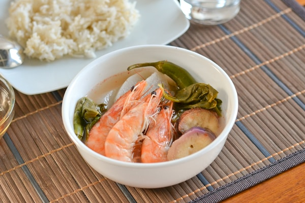 Sinigang na Hipon (Shrimp in Tamarind Soup) - Salu Salo Recipes