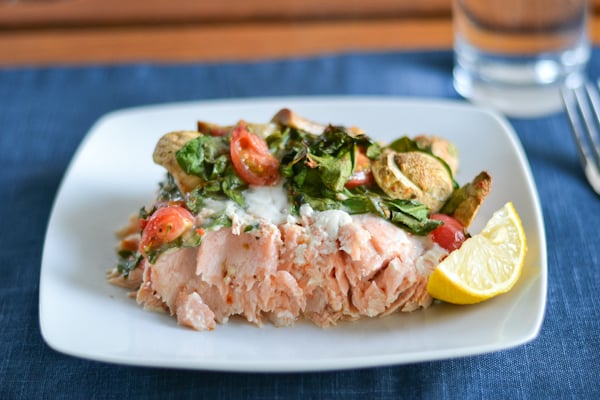 Baked Salmon with Tomatoes, Spinach and Mushrooms