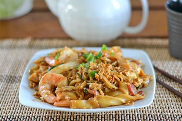 Singaporean Fried Rice Noodles