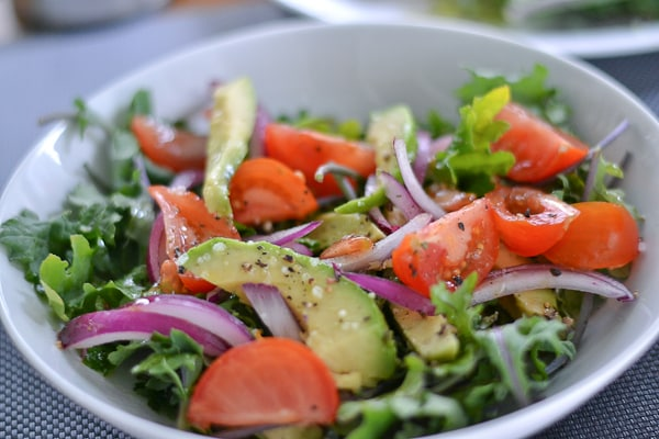 Kale Salad with Tomatoes and Avocado