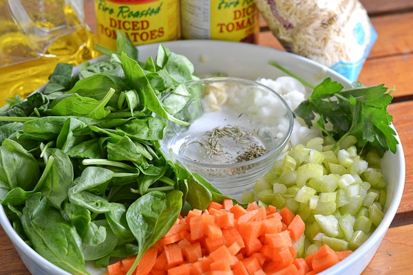 Italian Orzo Spinach Soup Ingredients