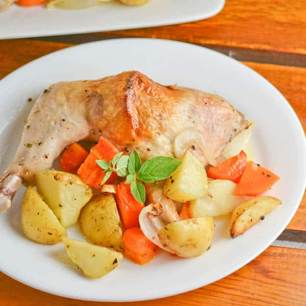 Skillet Chicken With Roasted Potatoes Carrots Recipe: Greek Style Roasted Chicken With Potatoes And Carrots