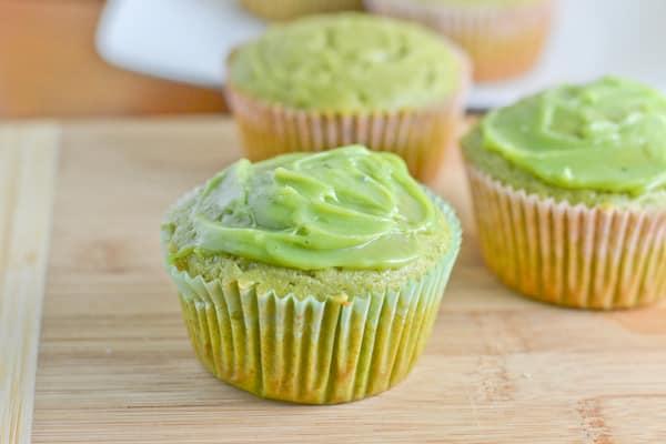 Green Tea Cupcakes with White Chocolate Green Tea Ganache