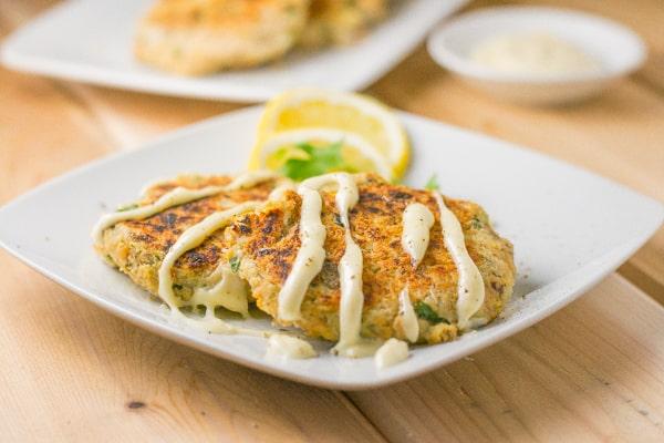 Salmon Cakes with Lemon Aioli