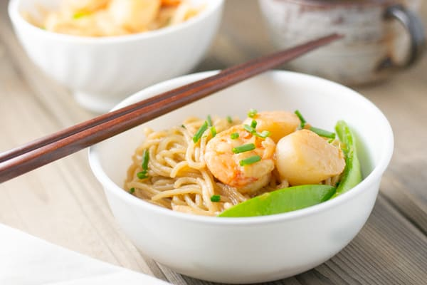 In this stir fried scallop and shrimp noodles dish, scallop & shrimp was marinated in soy sauce, sherry, sesame oil & vegetable oil and then stir-fried