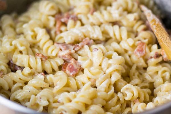 Cheddar Bacon Mac and Cheese