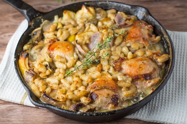 Skillet Chicken with Mushrooms and White Beans
