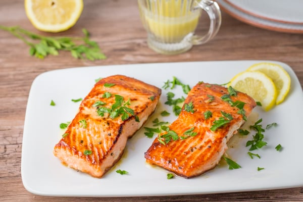 Crispy Salmon with Garlic Lemon Butter Sauce